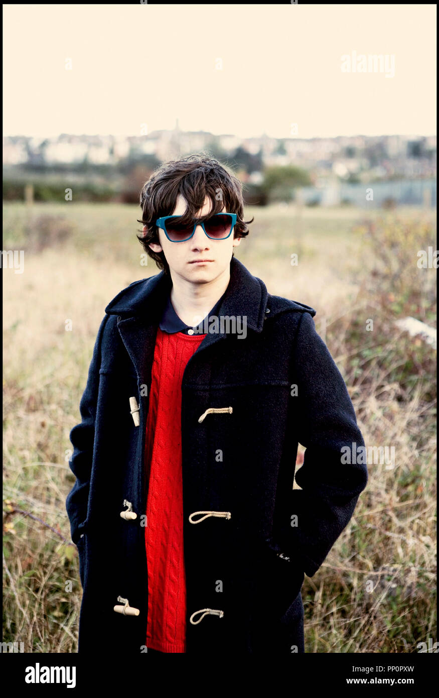 Prod DB © Film4 - Red Hour Films - Warp Films / DR submarino de Richard Ayoade 2010 GB/USA avec Craig Roberts adolescente, duffle coat d'après le roman de Joe Dunthorne Imagen De Stock