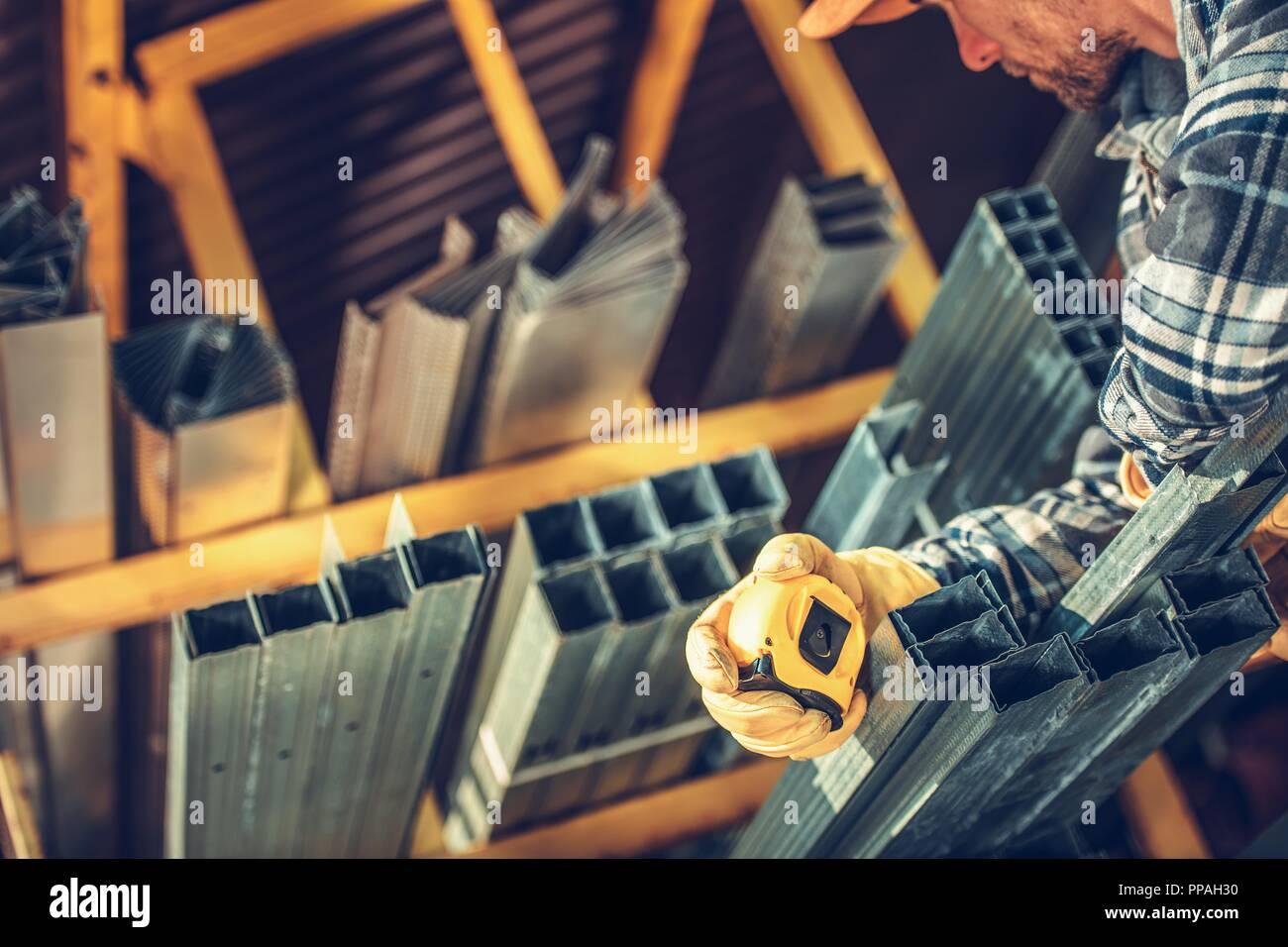 Building Supplies Imágenes De Stock & Building Supplies Fotos De ...