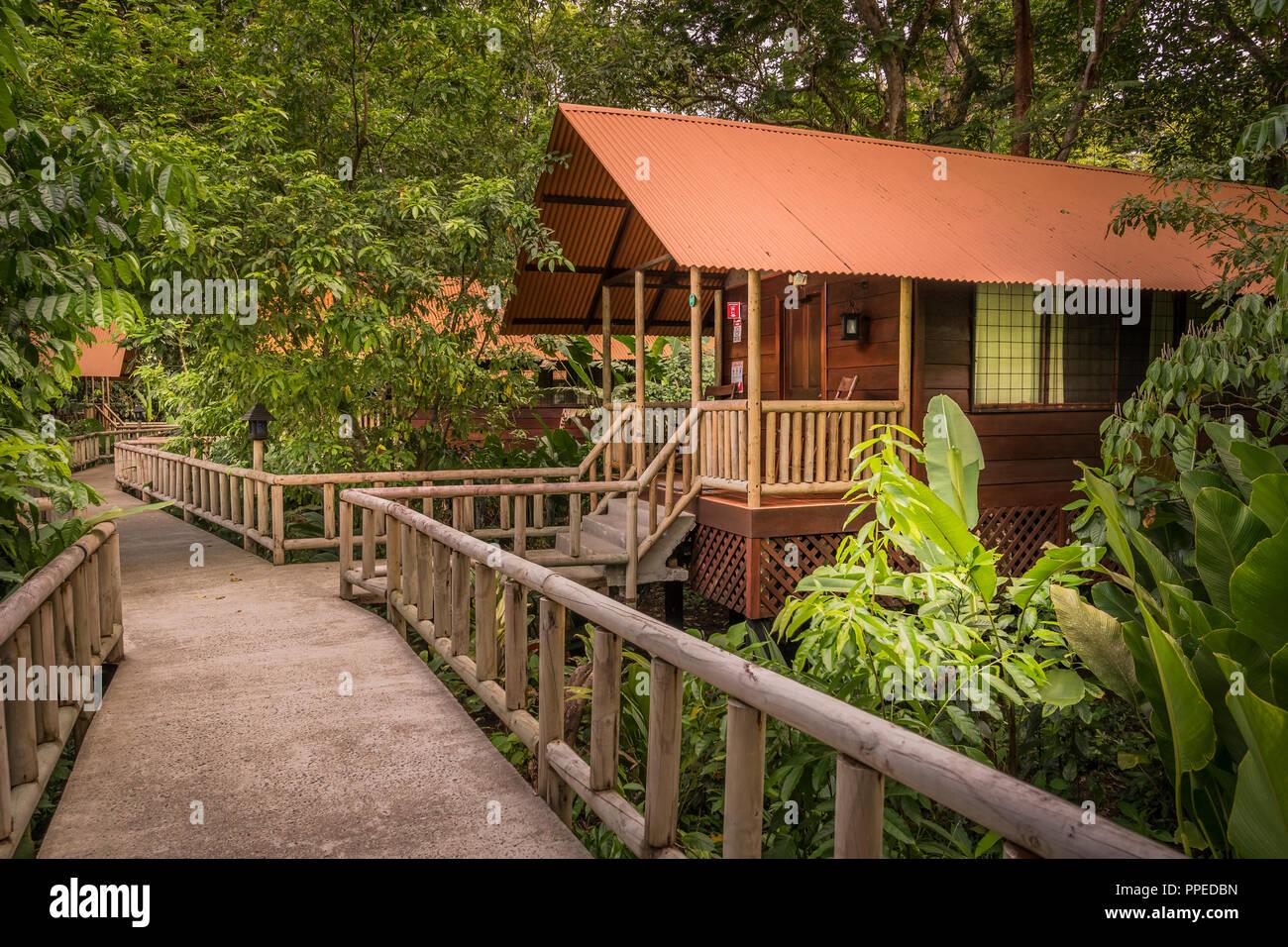 Aninga Guesthouse-Tortuguero Evergreen Lodge, Parque Nacional, Costa Rica Foto de stock