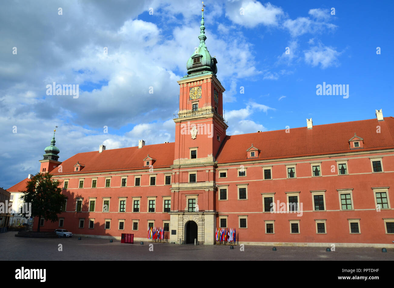 El Castillo Real De Varsovia Polonia Foto Imagen De Stock