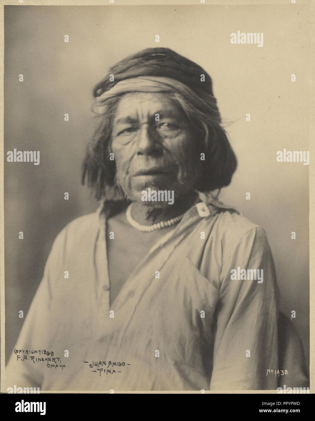 Juan Amigo, Pima; Adolph F. Muhr, American, murió el año 1913, Frank A. Rinehart, Americana, 1861, 1928, 1899; Platinum print Imagen De Stock