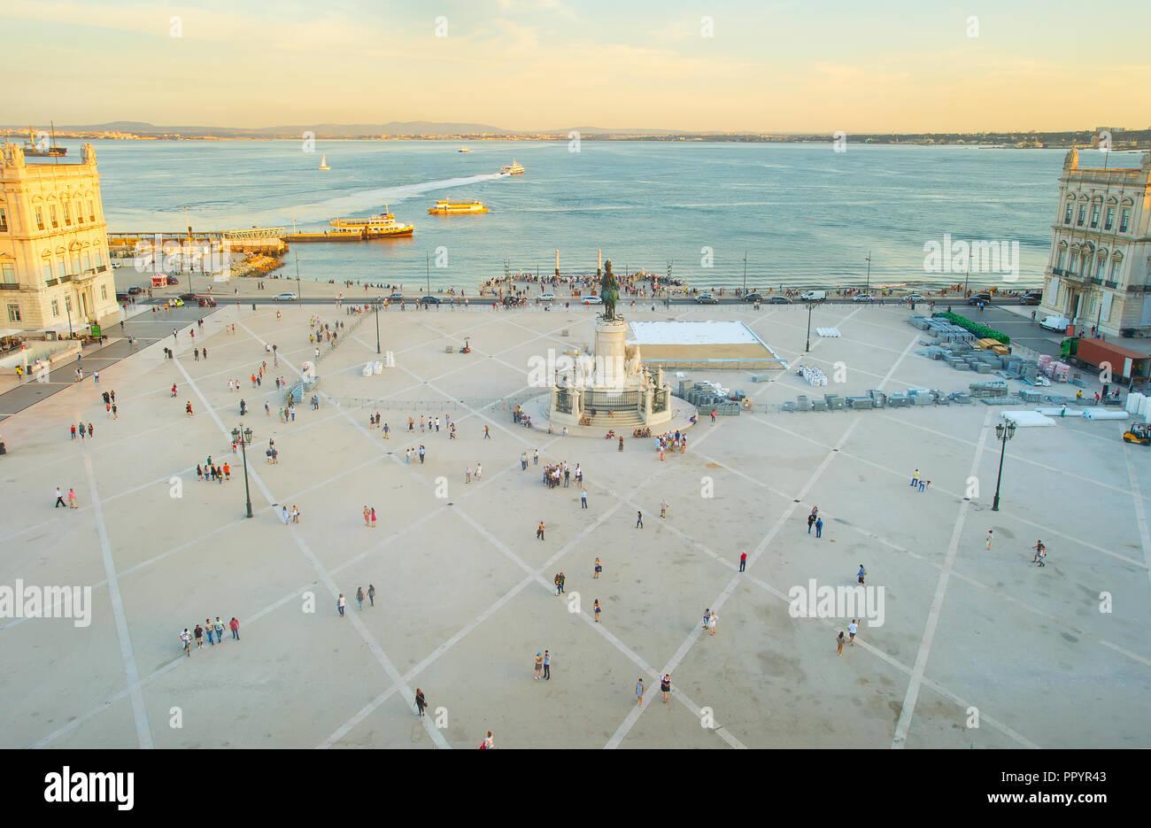 Vista aérea de la plaza comercial. Lisboa, Portugal Imagen De Stock