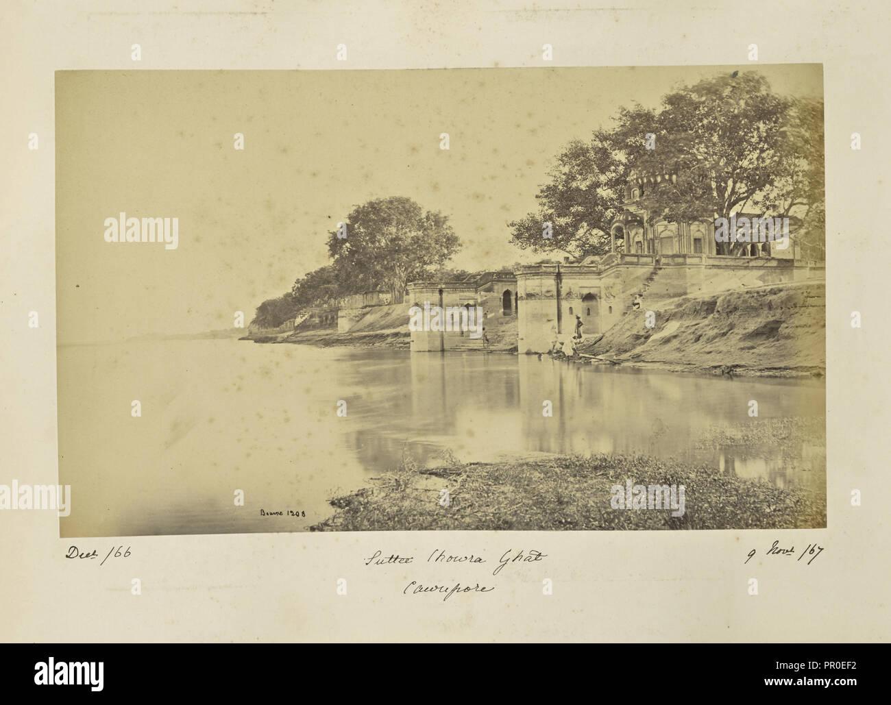 Cawnpore; Sutí Chowra Ghat, la escena de la masacre; Samuel Bourne, inglés, 1834 - 1912, Kānpur, Uttar Pradesh, India Foto de stock