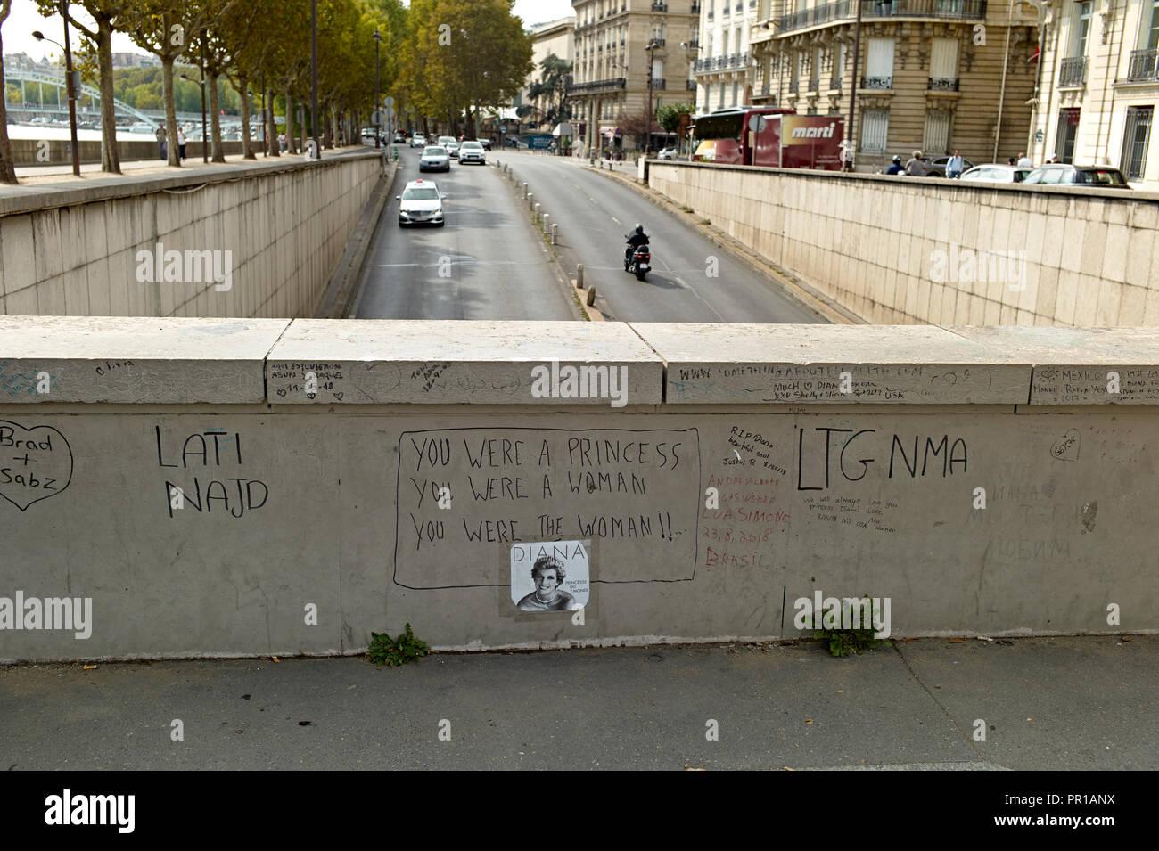 Pont de l'Alma túnel en París, Francia. Fueron Diana, Princesa de Gales, fue involucrado en un accidente de coche fatal. Foto de stock