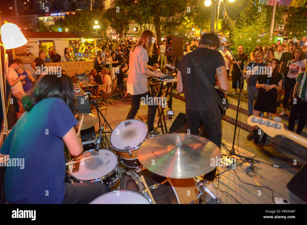 Lugano, Suiza - 16 de julio de 2016 - inútil Eaters tocando en vivo en el Buskers Festival en Lugano, Suiza Foto de stock