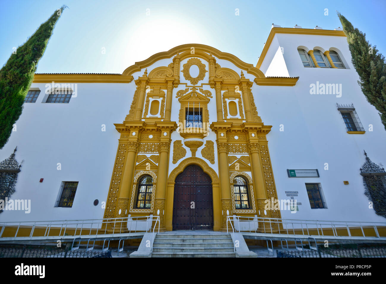Conservatorio Profesional de Danza Antonio Ruiz Soler. Sevilla, España Imagen De Stock