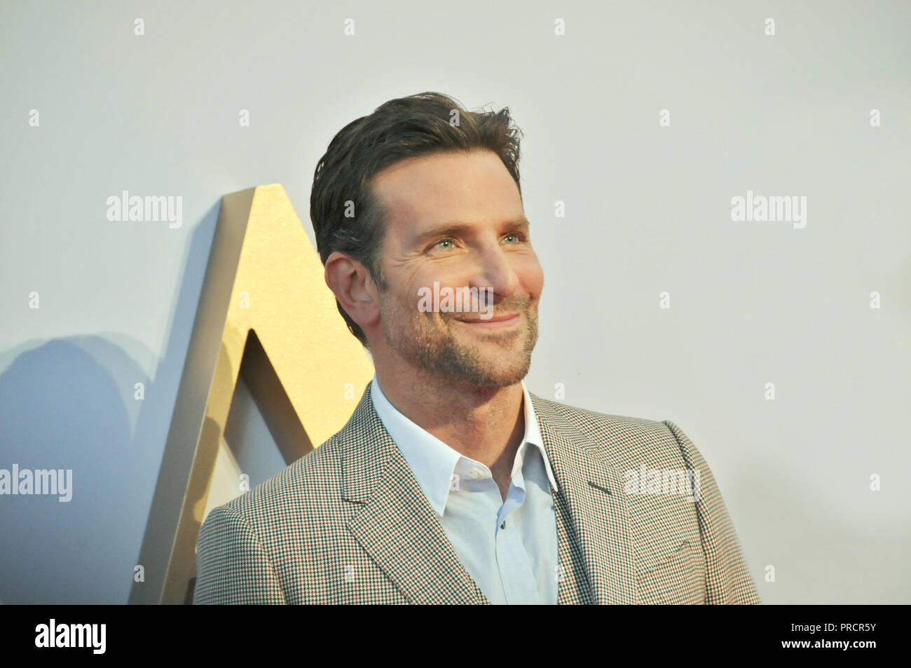 Actor, productor y director de ha nacido una estrella, Bradley Cooper, en el London Film estreno de su película. Foto de stock