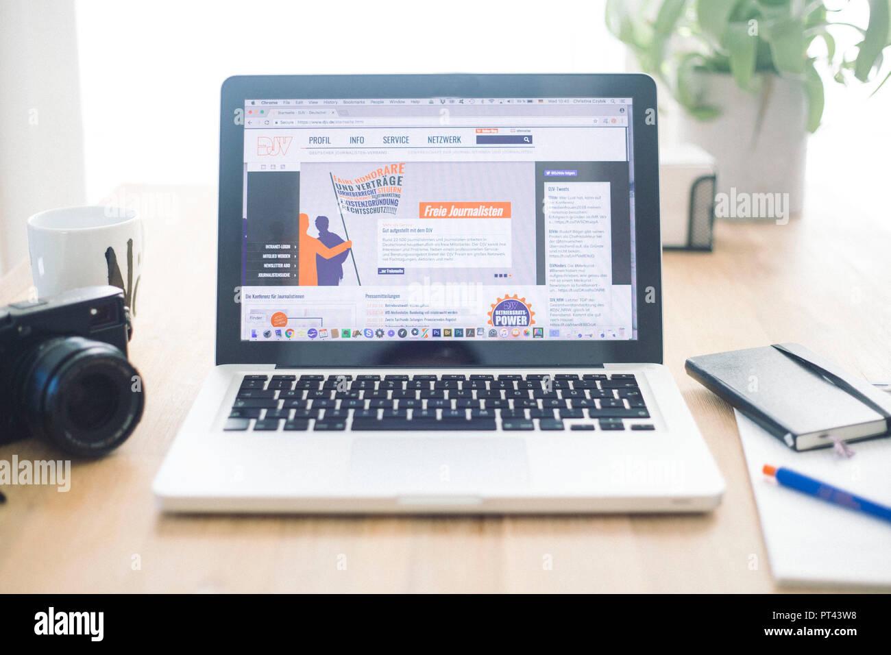 DJV foto simbólica, presione la tarjeta y solicitud de afiliación Imagen De Stock