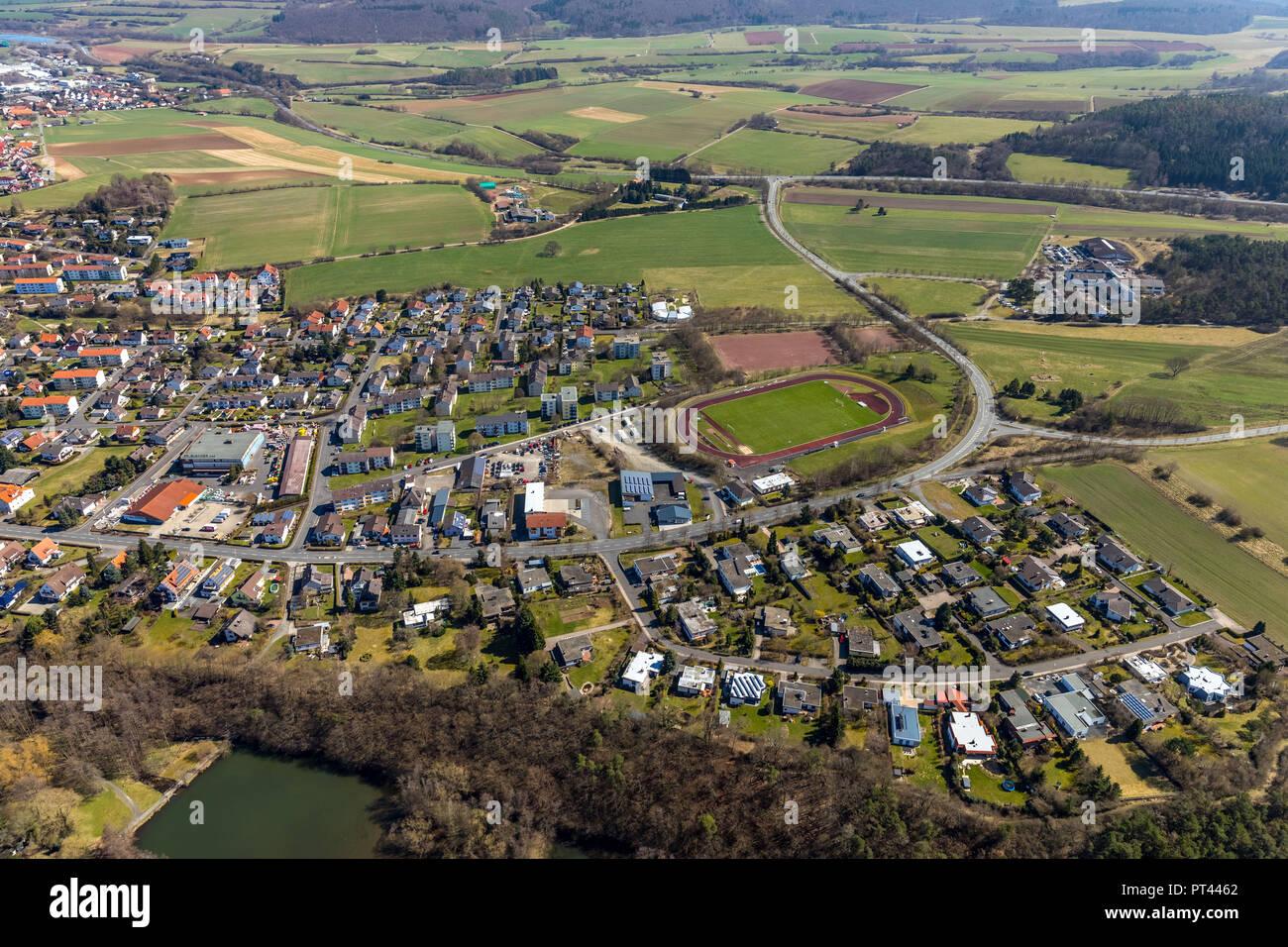 Estadio deportivo en la carretera Odershäuser, campo de fútbol, campo de deportes en Bad Wildungen, centro de salud y spa, en el histórico distrito de Waldeck-Frankenberg, Norte de Hesse, Hesse, Alemania Imagen De Stock