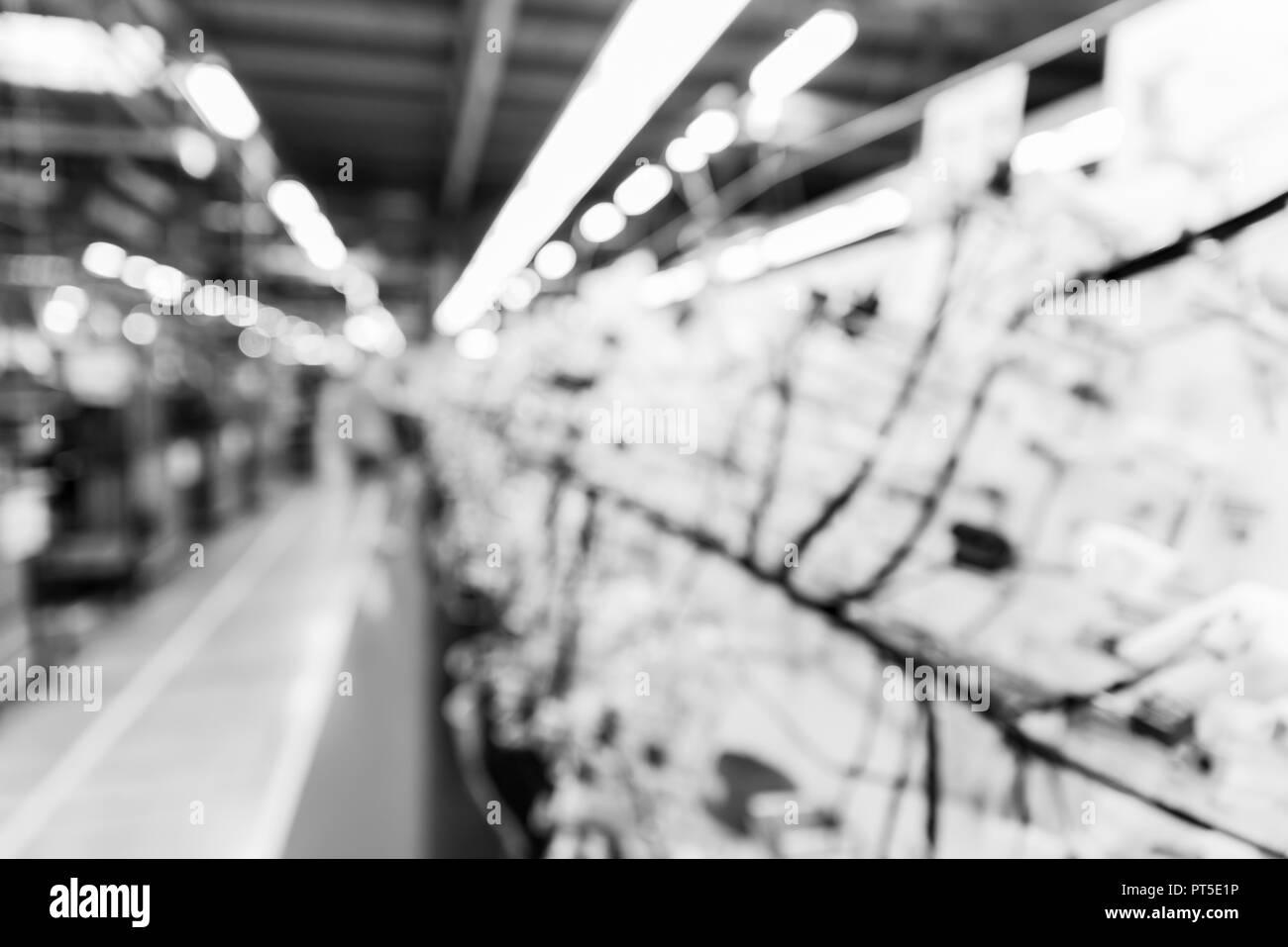 Zona de fabricación borrosa abstracta en la fábrica, Fondo para la industria, el efecto monocromo Foto de stock