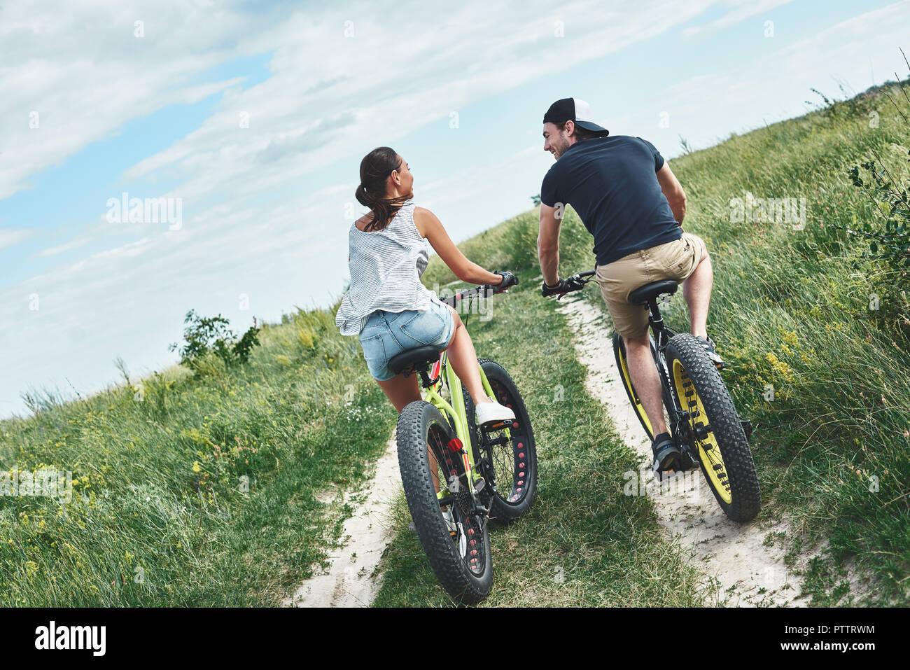 Pantalones Cortos Pantalones Cortos Para Hombres De La Montana En Bicicleta Lavado Rueda Del Algodon De Gel Con Relleno Taquilla Sentado Secado Rapido Transpirable Bicicleta De Montana Cuesta Abajo Pantalon Corto Cortos