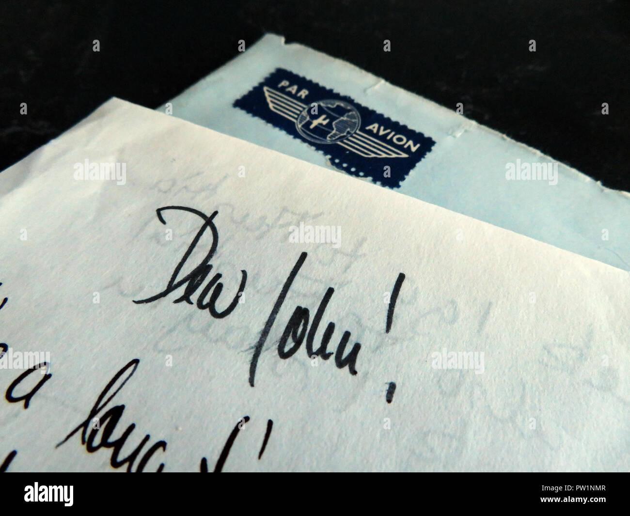 Cartas escritas a mano desde el extranjero comenzando con el querido Juan Imagen De Stock