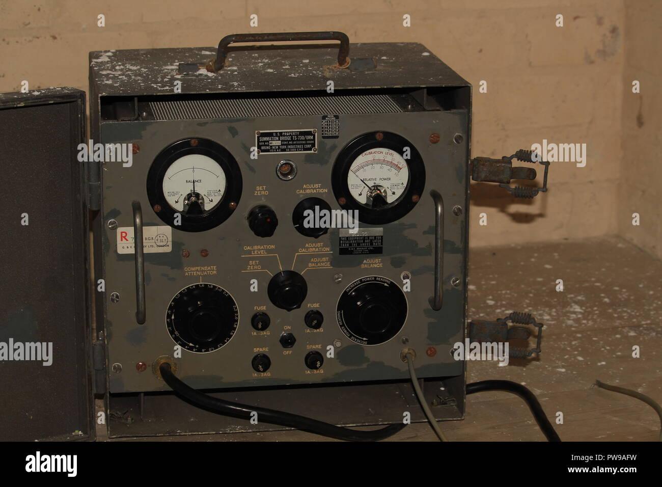 Los ecos de la guerra fría - Medidor de comunicaciones sobre el terreno militar. Rocio de Marigny / Alamy Imagen De Stock