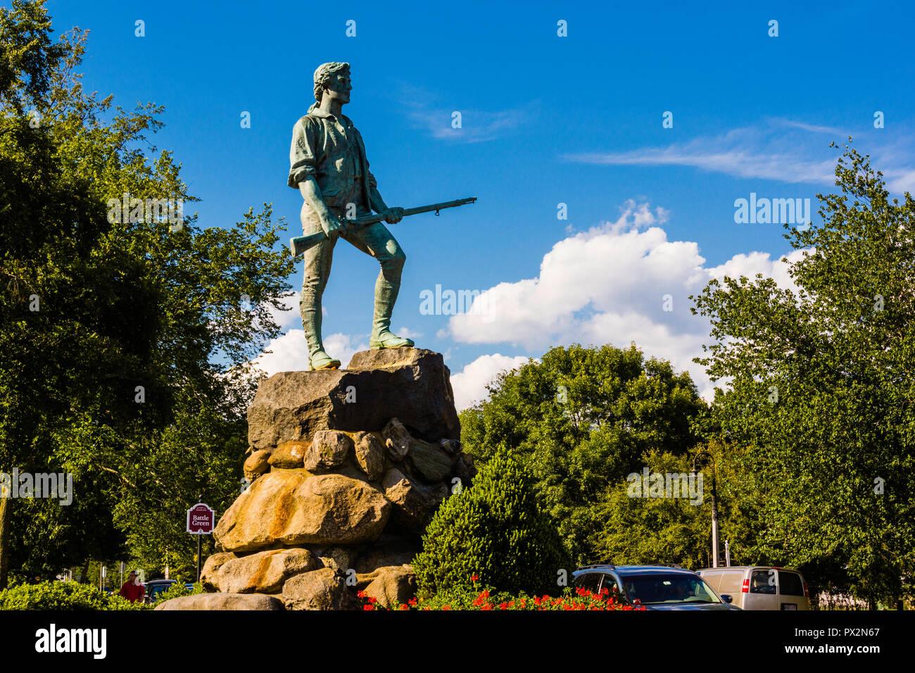 El Minuteman estatua Lexington Battle Green _ Lexington, Massachusetts, EE.UU. Foto de stock