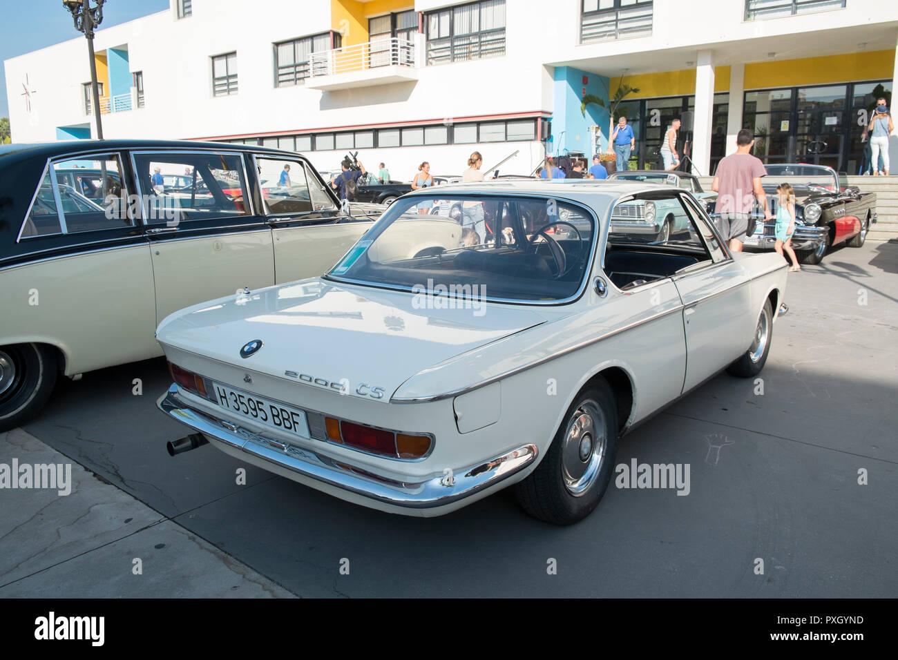 BMW 2000 CS. Torremolinos meetintg coches clásicos. Málaga, España Foto de stock