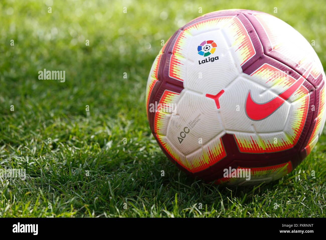 Vista general Football Soccer   balón oficial de español  La Liga Santander