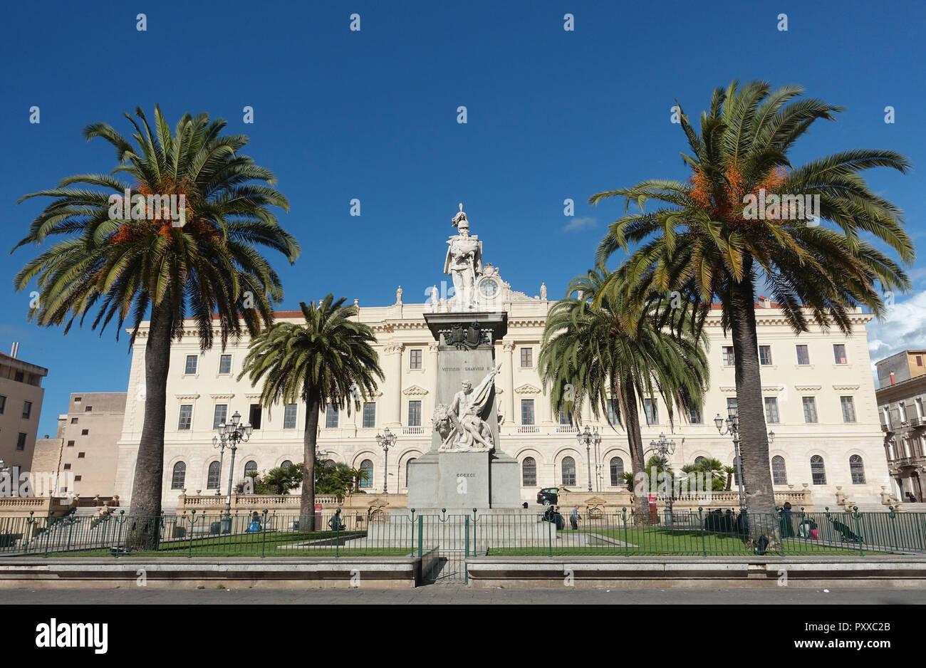 El Palazzo della Provincia Sassari Cerdeña Italia Imagen De Stock
