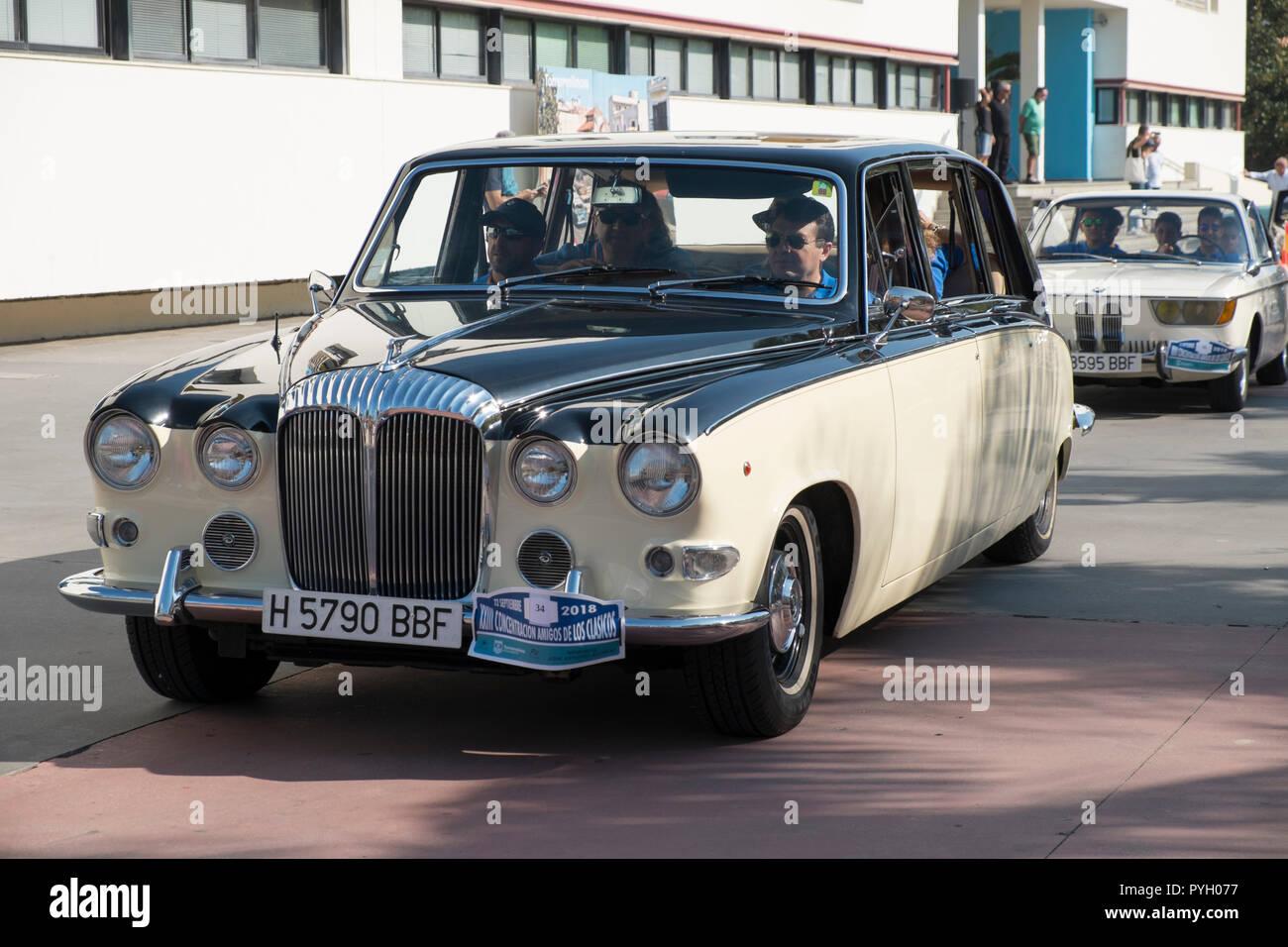 Daimler soberano. Reunión de coches clásicos en Torremolinos, Málaga, España. Foto de stock
