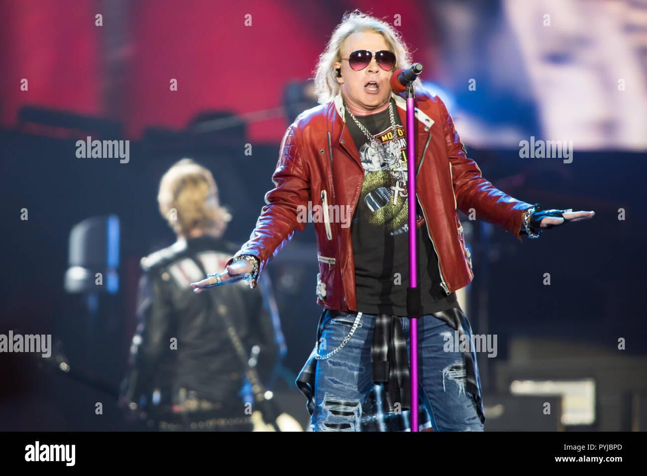 Guns N' Roses actuarán en el No en esta vida gira en el Passeio Marítimo de Algés, en Lisboa, Portugal. Imagen De Stock