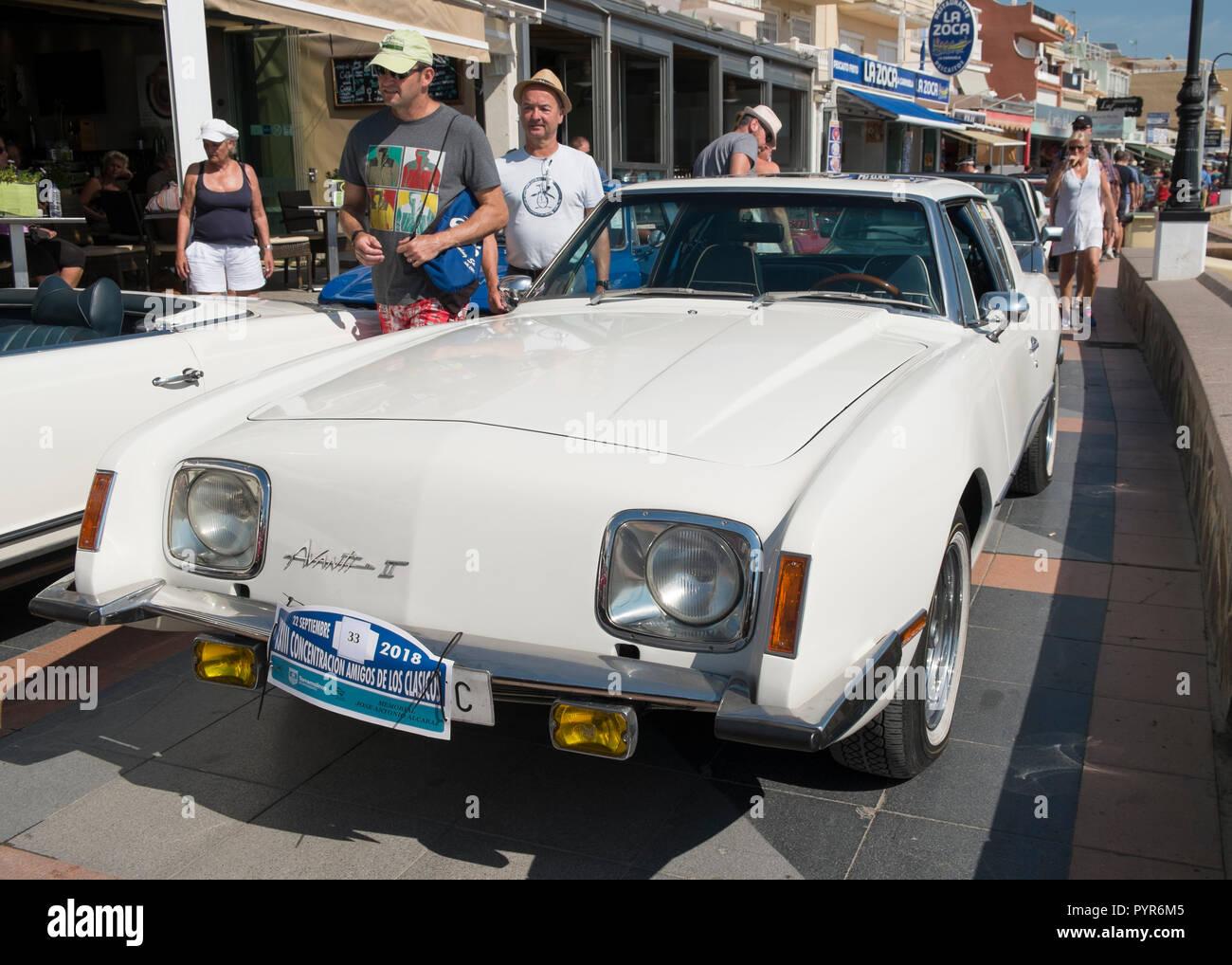 El Avanti II. Reunión de coches clásicos en Torremolinos, Málaga, España. Foto de stock