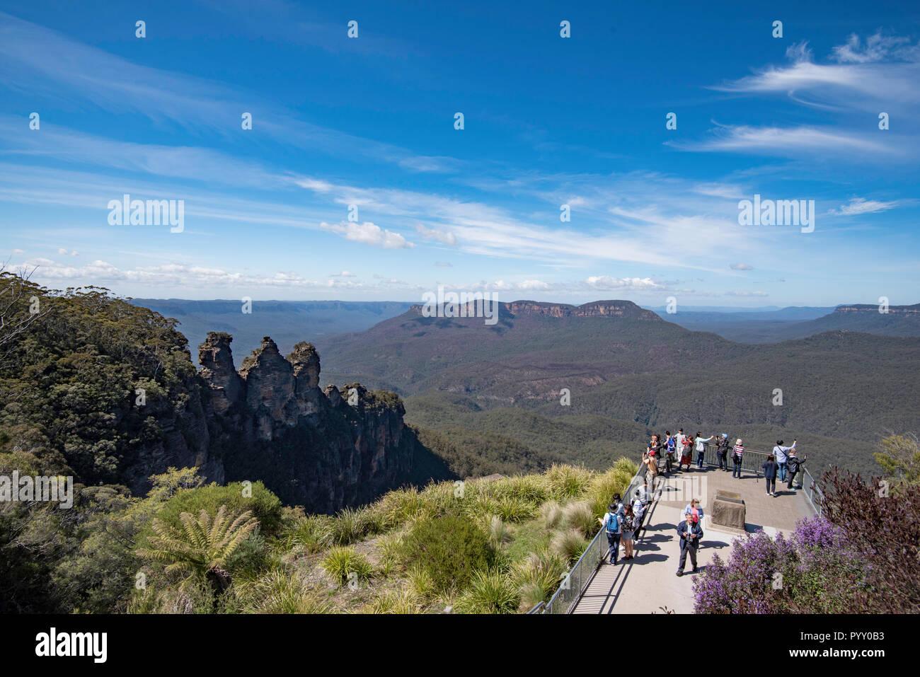 de1191307 Monte Solitario Imágenes De Stock & Monte Solitario Fotos De Stock ...