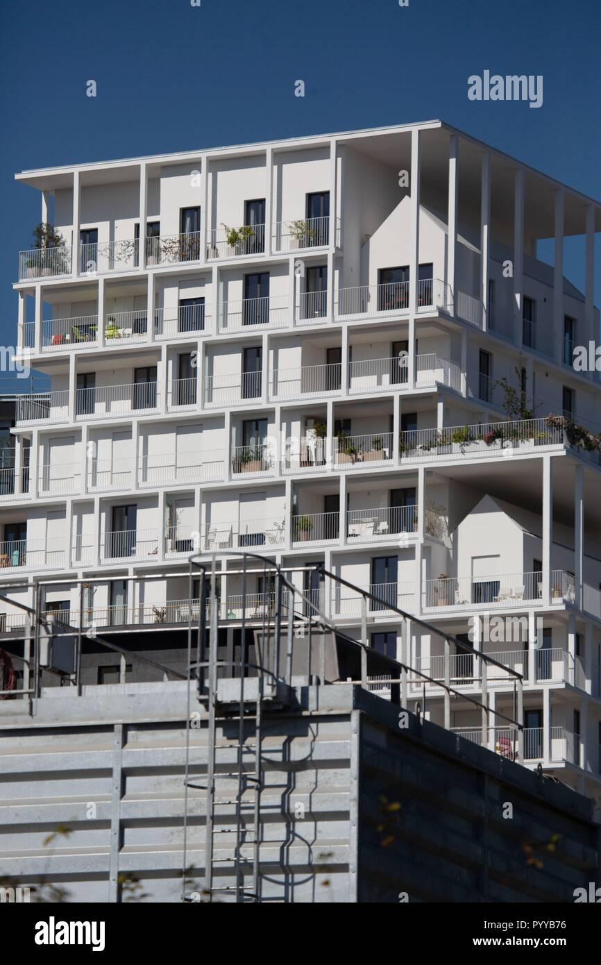 Francia, Ile de France, Paris 17ème arrondissement de París, el nuevo barrio Batignolles, alrededor del parque Martin Luther King, el sitio de construcción, edificios, nuevo barrio Foto de stock