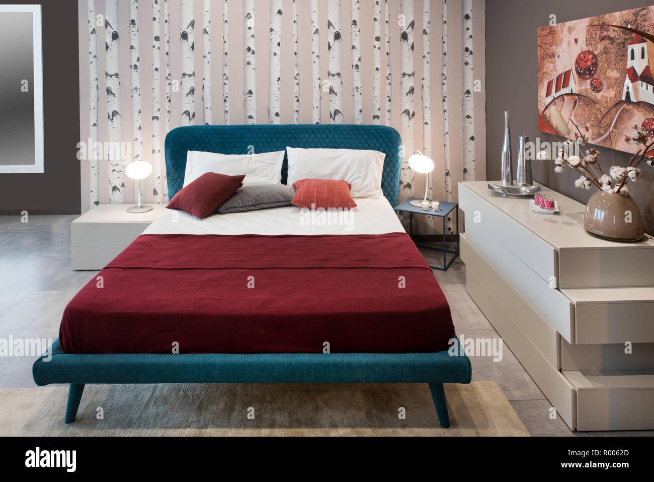 Concepto De Dormitorio Con Cama De Diseño Vintage Azul