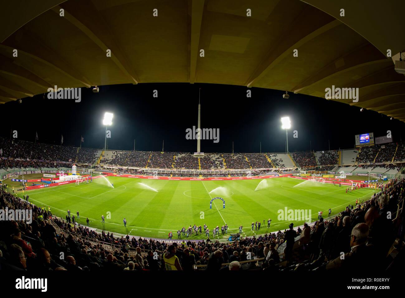 Vista general del Estadio Artemio Franchi durante el
