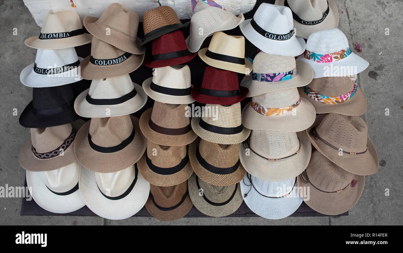 fb8d761e234c9 Panama Hats For Sale Imágenes De Stock   Panama Hats For Sale Fotos ...