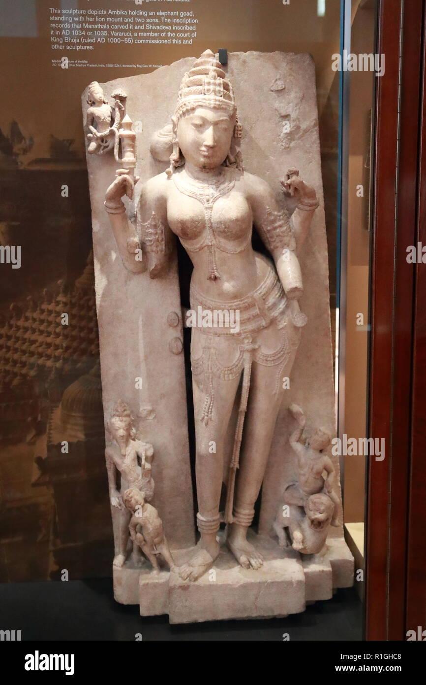 La Escultura De La Diosa De La Fertilidad Ambika En El Museo Británico Londres Reino Unido Fotografía De Stock Alamy
