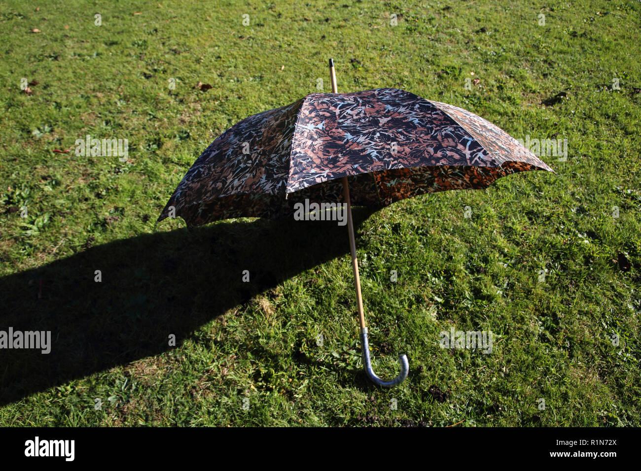 aliexpress gran surtido bueno Valentino paraguas Foto & Imagen De Stock: 224816002 - Alamy