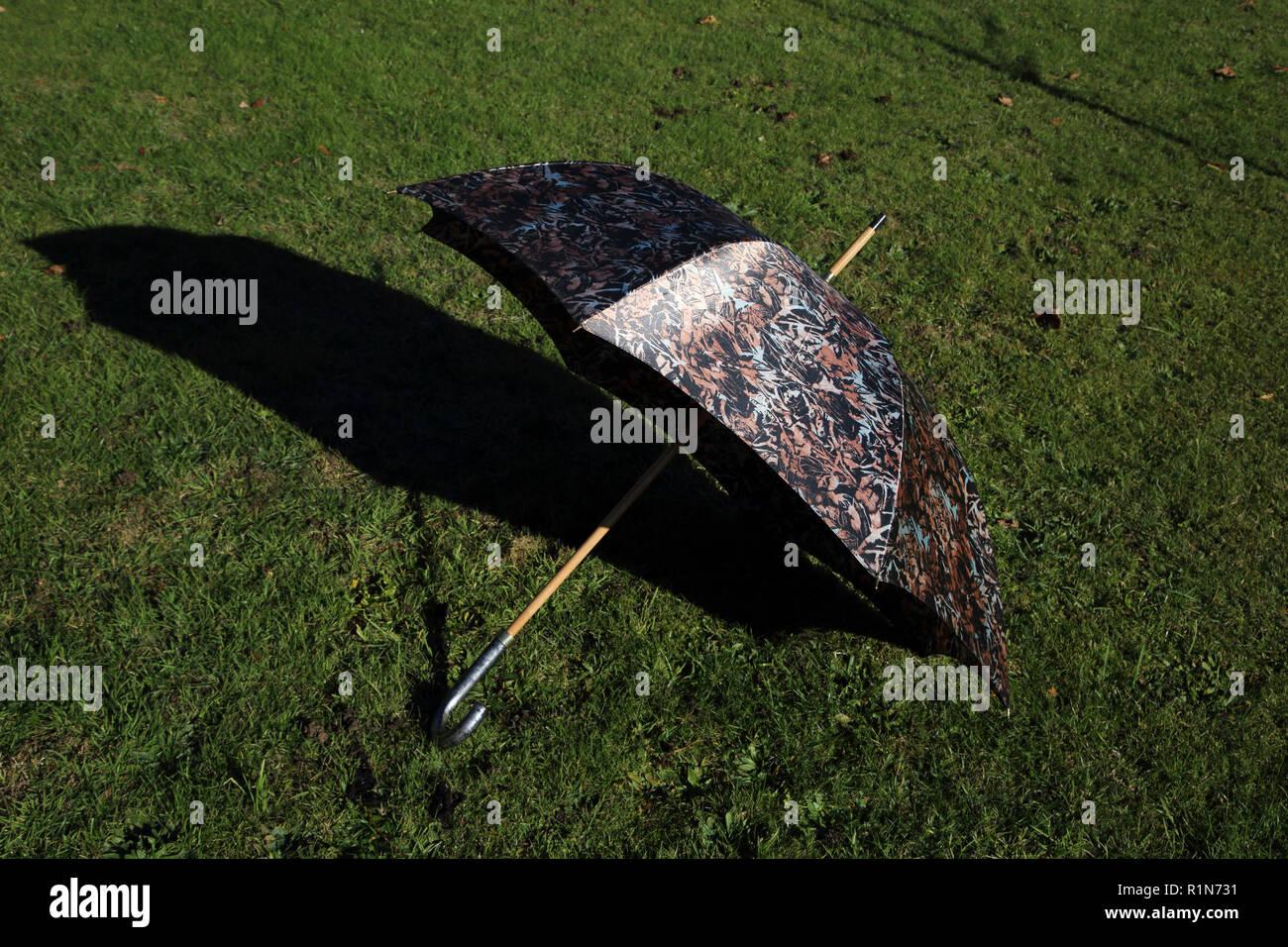 último vendedor caliente nueva colección 100% de satisfacción Valentino paraguas Foto & Imagen De Stock: 224816005 - Alamy