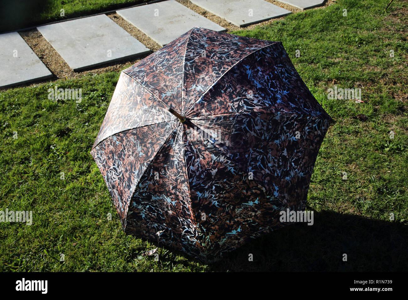 rendimiento superior super popular nueva productos calientes Valentino paraguas Foto & Imagen De Stock: 224816013 - Alamy