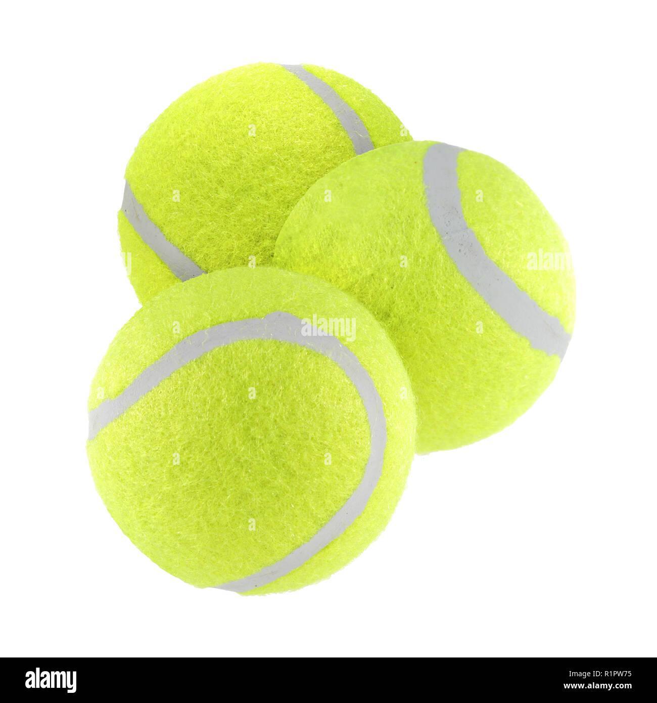 Tres pelotas de tenis aislado sobre fondo blanco con trazado de recorte Imagen De Stock