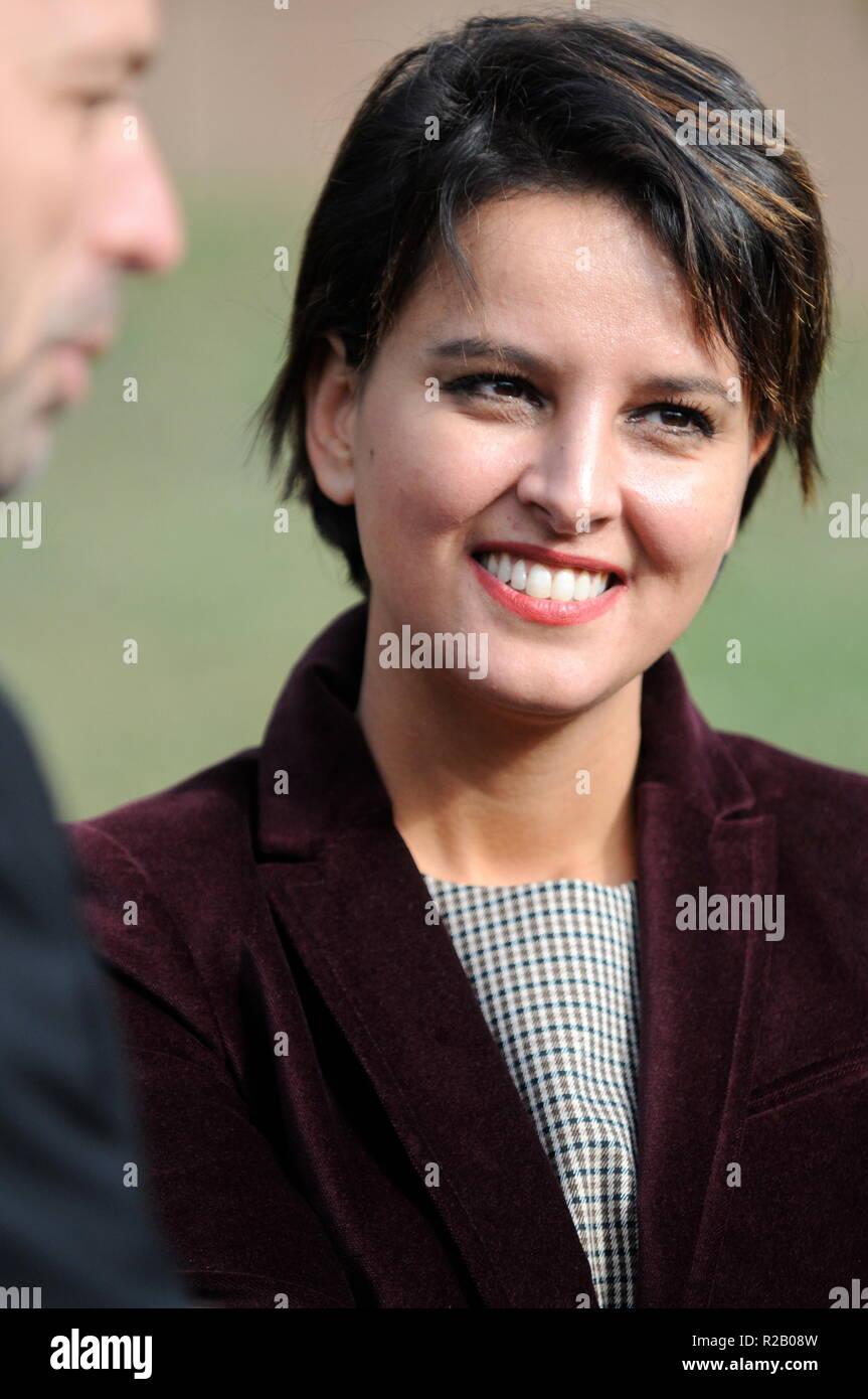 Najat Vallaud-Belkacem, Ministro francés de Educación, atiende el compromiso; las universidades de Lyon, Francia. Imagen De Stock