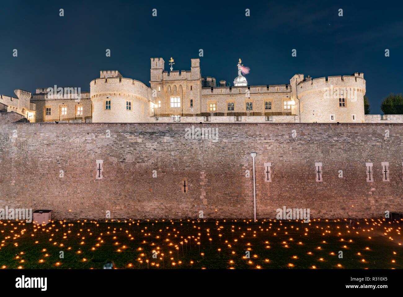 Evento especial más allá de la profundización de la sombra en la Torre de Londres, Reino Unido Foto de stock