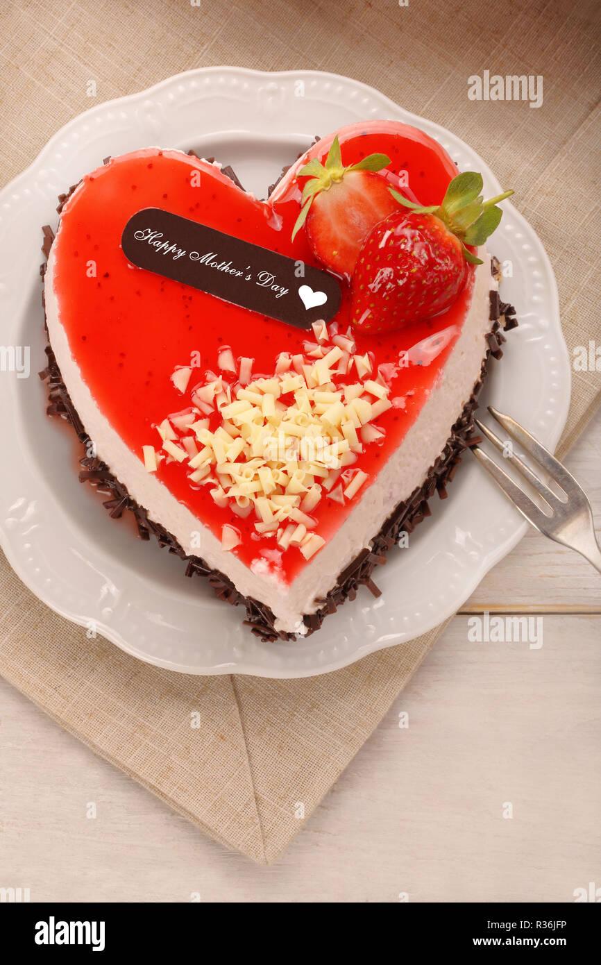 Día De La Madre Pastel De Chocolate En Forma De Corazón Con La