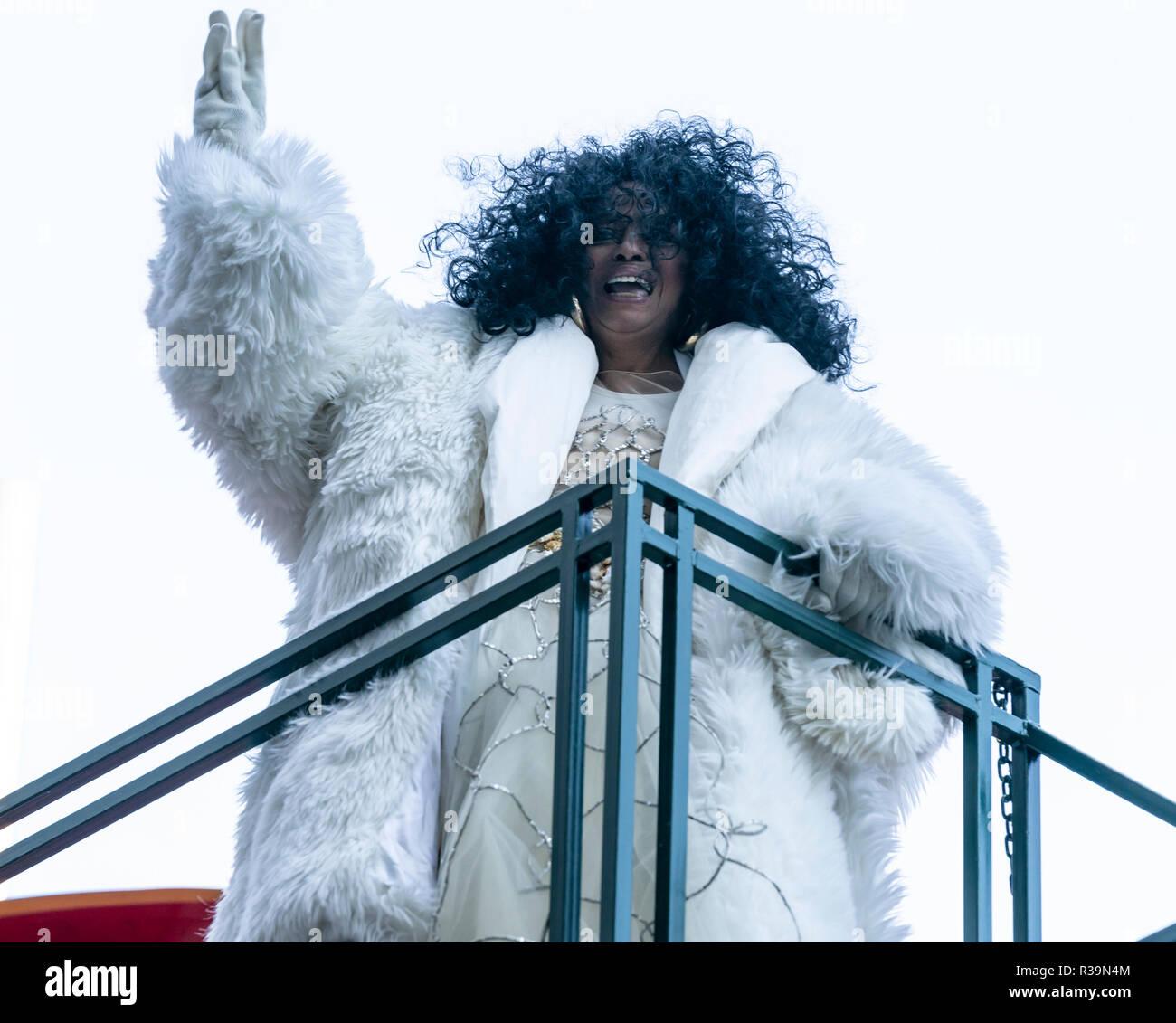 New York, NY - 22 de noviembre de 2018: Diana Ross paseos flotador en la 92ª Anual de Macy's Thanksgiving Day Parade en las calles de Manhattan en el gélido Crédito: lev radin/Alamy Live News Imagen De Stock