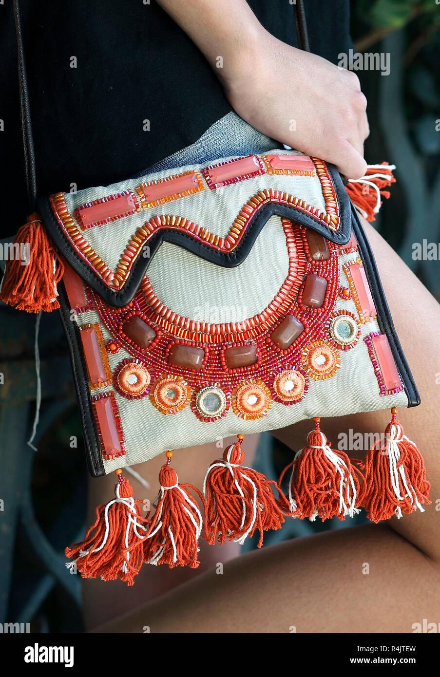 0ac9cfc520f0a Hippy Bag Imágenes De Stock   Hippy Bag Fotos De Stock - Alamy