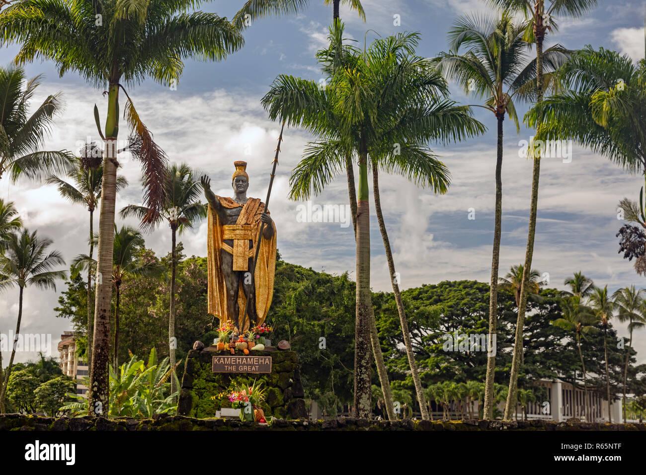 Hilo, Hawaii - una estatua de Kamehameha el Grande en Wailoa River State Park. Kamehameha unificó las islas hawaianas en el Reino de Hawai en 1810 Foto de stock
