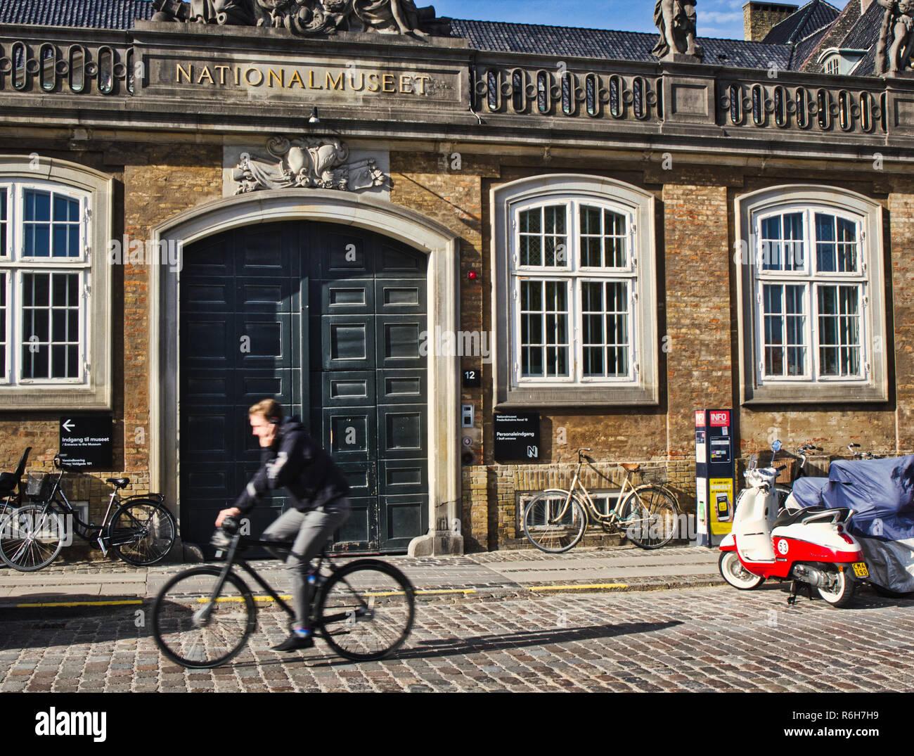 El Museo Nacional de Copenhague, Dinamarca, en Escandinavia. El museo está ubicado en el Palacio del Príncipe, construido en 1743-44. Foto de stock