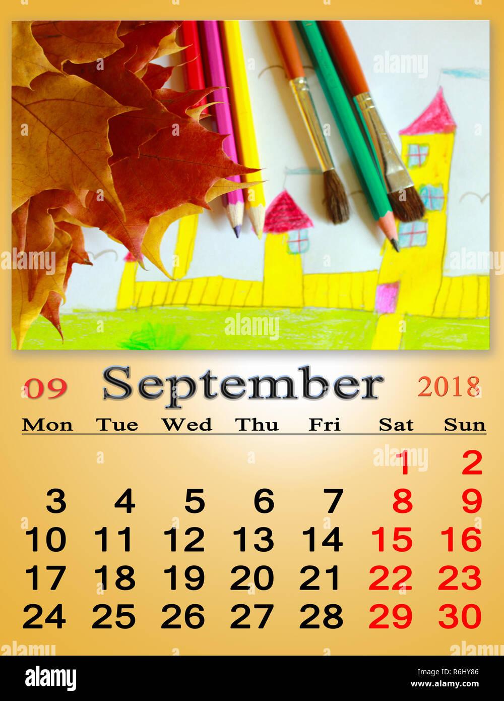 Calendario Dibujo Septiembre.Calendario De Septiembre 2018 Con Dibujos Infantiles Y Hojas