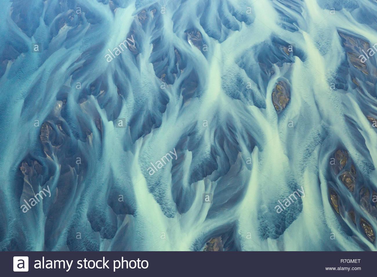 Patrones en Holsa River, cerca de Hella, Islandia Imagen De Stock