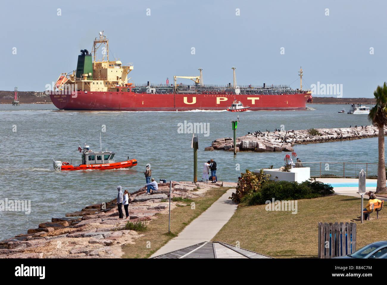 """Los líquidos a granel cisterna Esperanza"""", """"montaña de la UPT maniobrar Corpus Christi Canal de Envío, Puerto Piloto, U. S. Coast Guard. Imagen De Stock"""