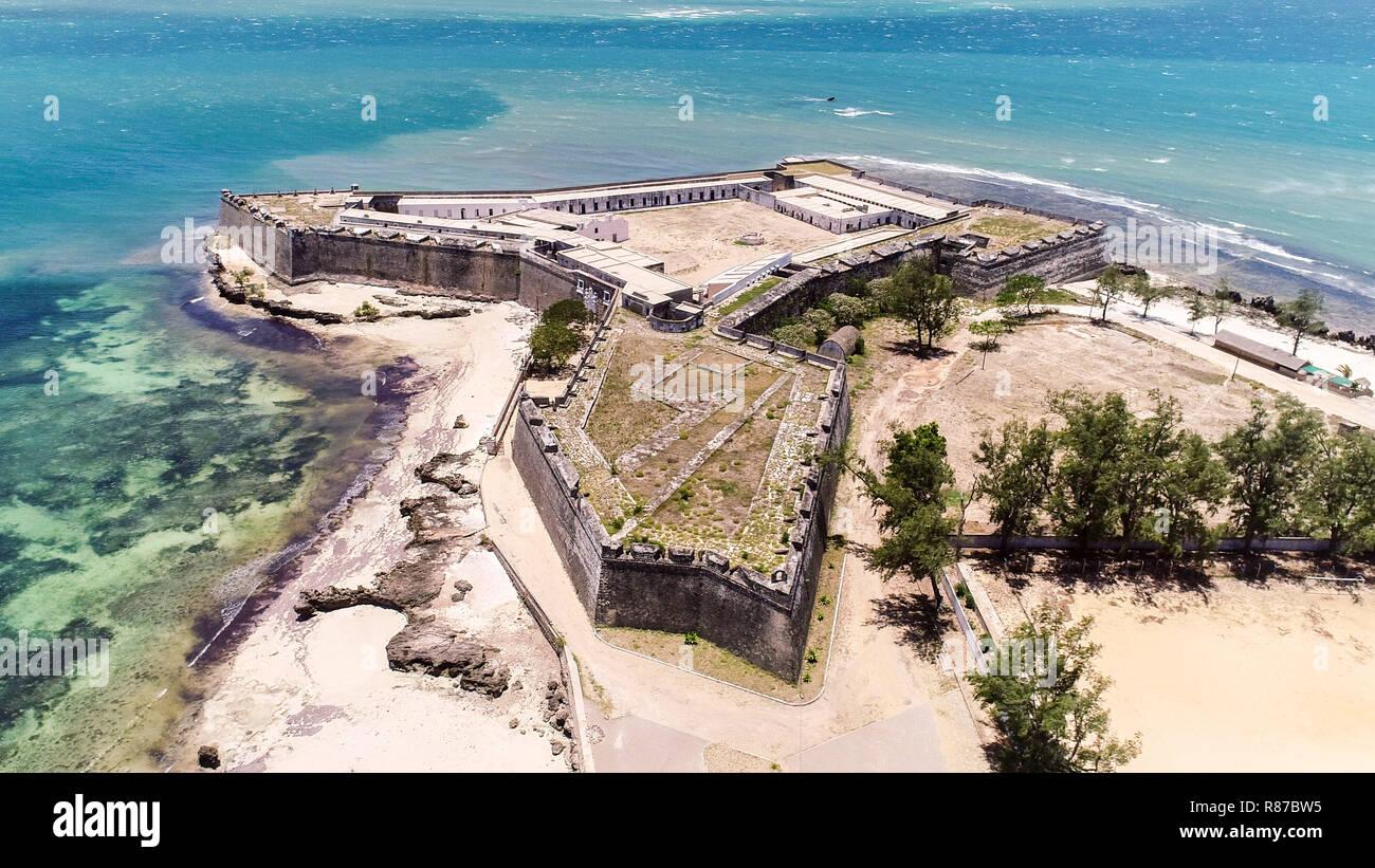 Fuerte San Sebastián (Sao Sebastiao), Mozambique (isla Ilha de Moçambique), costa del océano Índico. Mossuril Bay, provincia de Nampula. África oriental portuguesa Foto de stock