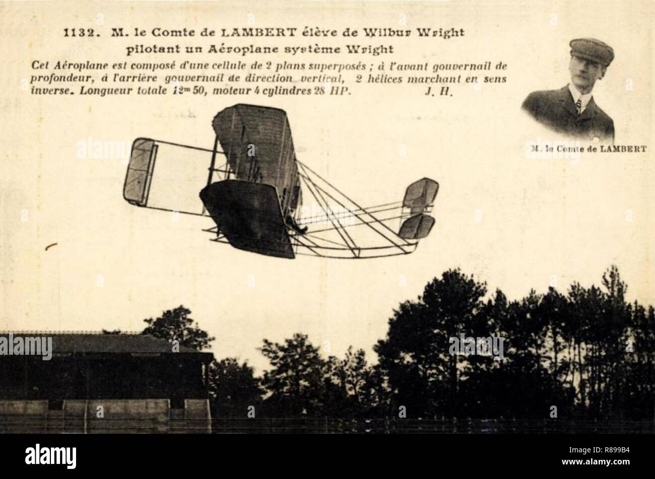 Carlos Alexandre, conde de Lambert pilotando o biplano Wrigth - Pau, 1909 (2). Foto de stock