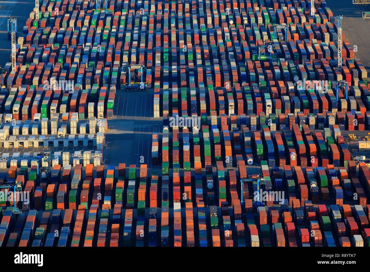 Francia, Bouches du Rhône, en el golfo de Fos Sur Mer, Marsella Grand Puerto Marítimo, Fos Sur Mer, Graveleau Mole, terminal de contenedores (vista aérea) Foto de stock