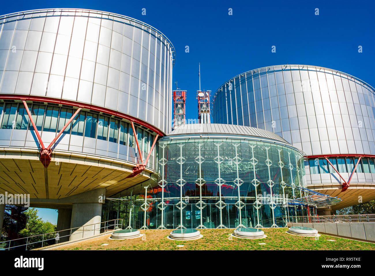 Edificio del Tribunal Europeo de Derechos Humanos de Estrasburgo (Francia) Foto de stock