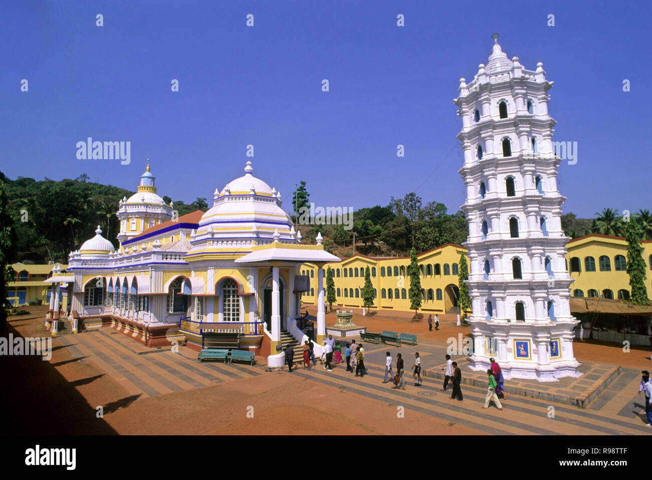 Shri Mangesh templo, Ponda, Goa, Maharashtra, India Foto de stock