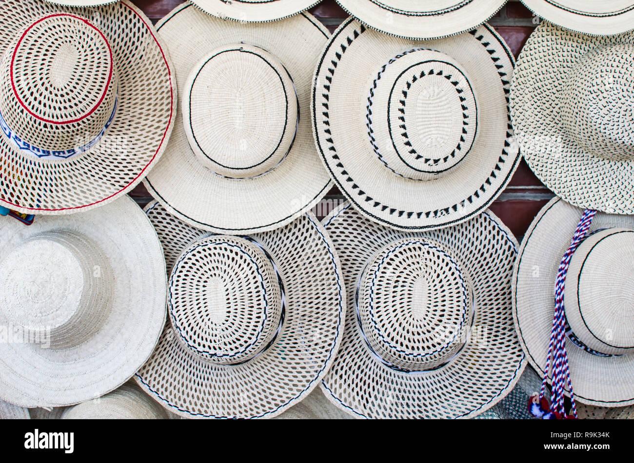 a4ca23f35414f Sombreros de Panamá para la venta. Hay una gran variedad de tradicionales  sombreros de Panamá
